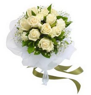 Çanakkale çiçekçi mağazası  11 adet benbeyaz güllerden buket
