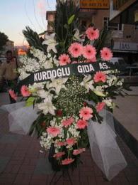 kazablanka,gerbera,sebboy ferforje  Çanakkale anneler günü çiçek yolla