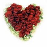 kalp biçiminde 15 gülden   Çanakkale ucuz çiçek gönder