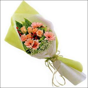 sade güllü buket demeti  Çanakkale anneler günü çiçek yolla