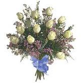 bir düzine beyaz gül buketi   Çanakkale çiçekçiler