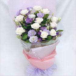 Çanakkale çiçek online çiçek siparişi  BEYAZ GÜLLER VE KIR ÇIÇEKLERIS BUKETI