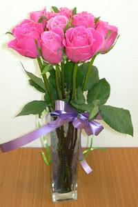 cam vazo içerisinde 11 adet gül  Çanakkale çiçek online çiçek siparişi