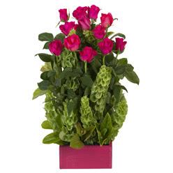 12 adet kirmizi gül aranjmani  Çanakkale çiçek satışı