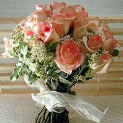 12 adet sonya gül buketi    Çanakkale çiçek siparişi vermek