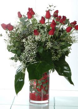 Çanakkale ucuz çiçek gönder  11 adet kirmizi gül ve cam yada mika vazo tanzim
