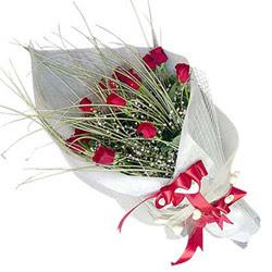 Çanakkale hediye çiçek yolla  11 adet kirmizi gül buket- Her gönderim için ideal