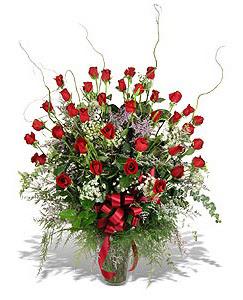 Çanakkale hediye sevgilime hediye çiçek  33 adet kirmizi gül vazo içerisinde