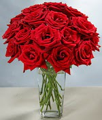 Çanakkale hediye sevgilime hediye çiçek  Sevdiklerinize özel ürün 12 adet cam içerisinde kirmizi gül  Çanakkale 14 şubat sevgililer günü çiçek