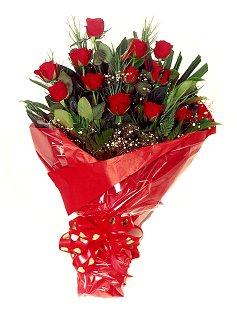 12 adet kirmizi gül buketi  Çanakkale çiçek servisi , çiçekçi adresleri