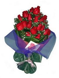 12 adet kirmizi gül buketi  Çanakkale güvenli kaliteli hızlı çiçek