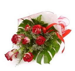 Çiçek gönder 9 adet kirmizi gül buketi  Çanakkale kaliteli taze ve ucuz çiçekler