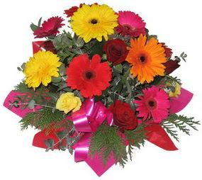 Karisik mevsim çiçeklerinden buket  Çanakkale çiçek yolla