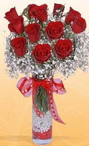 10 adet kirmizi gülden vazo tanzimi  Çanakkale hediye sevgilime hediye çiçek
