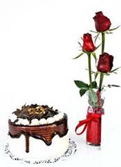 Çanakkale kaliteli taze ve ucuz çiçekler  vazoda 3 adet kirmizi gül ve yaspasta