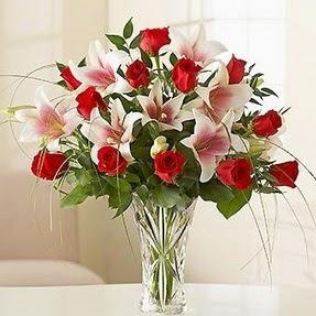 Çanakkale çiçek satışı  12 adet kırmızı gül 1 dal kazablanka çiçeği