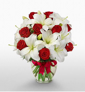 Çanakkale 14 şubat sevgililer günü çiçek  1 dal kazablanka 11 adet kırmızı gül vazosu