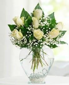 Cam içerisinde 7 adet beyaz gül  Çanakkale online çiçekçi , çiçek siparişi