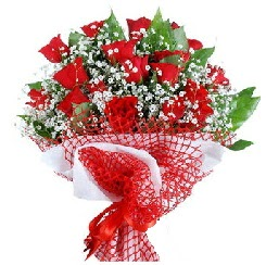 11 kırmızı gülden buket  Çanakkale İnternetten çiçek siparişi