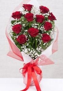 11 kırmızı gülden buket çiçeği  Çanakkale İnternetten çiçek siparişi