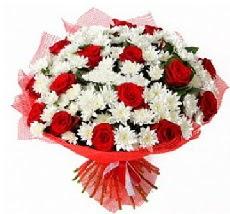 11 adet kırmızı gül ve 1 demet krizantem  Çanakkale çiçek satışı