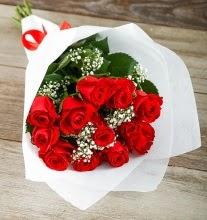 9 kırmızı gülden buket çiçeği  Çanakkale çiçek siparişi vermek
