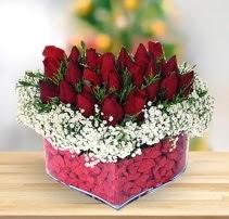 15 kırmızı gülden kalp mika çiçeği  Çanakkale cicek , cicekci