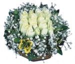 Çanakkale çiçek servisi , çiçekçi adresleri  Beyaz harika bir gül sepeti