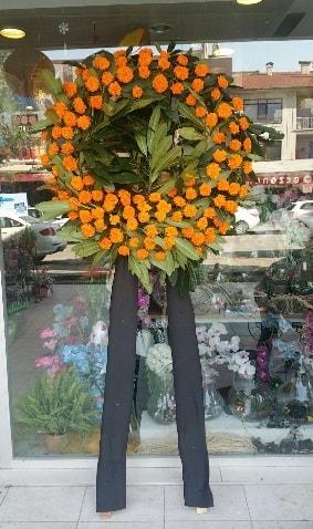 Cenaze çiçeği cenaze çelengi çiçek modeli  Çanakkale çiçek siparişi vermek