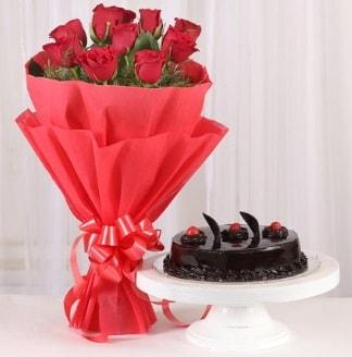 10 Adet kırmızı gül ve 4 kişilik yaş pasta  Çanakkale çiçek online çiçek siparişi