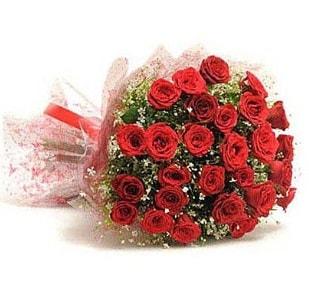 27 Adet kırmızı gül buketi  Çanakkale uluslararası çiçek gönderme